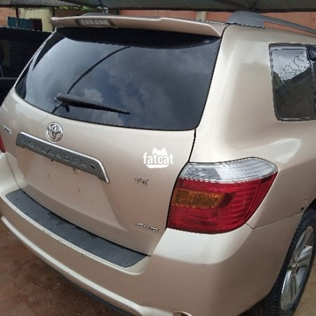 Classified Ads In Nigeria, Best Post Free Ads - used-toyota-highlander-2008-in-alimosho-lagos-for-sale-big-1