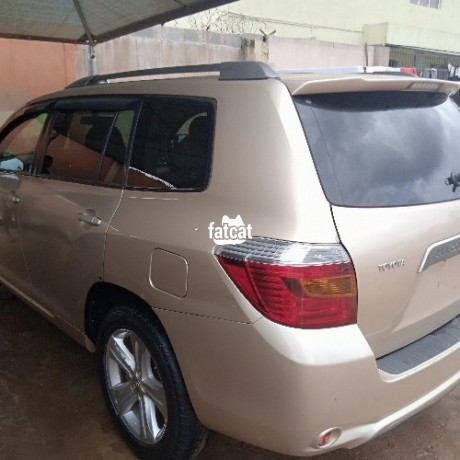 Classified Ads In Nigeria, Best Post Free Ads - used-toyota-highlander-2008-in-alimosho-lagos-for-sale-big-4