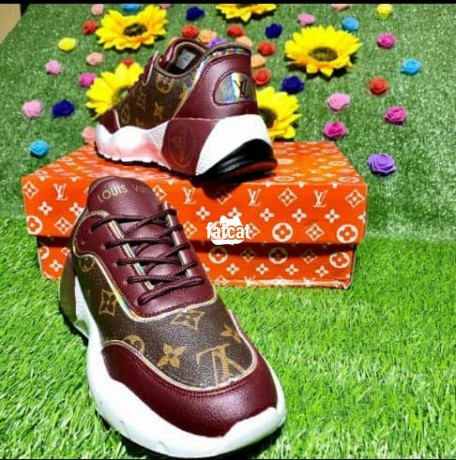 Classified Ads In Nigeria, Best Post Free Ads - female-sneakers-in-lagos-for-sale-big-1