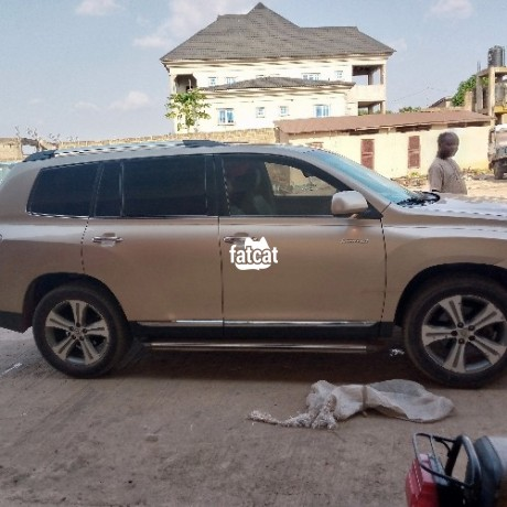 Classified Ads In Nigeria, Best Post Free Ads - used-toyota-highlander-2012-in-ipaja-lagos-for-sale-big-2