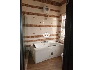 5 Bedroom Duplex in Magodo, Lagos for Sale