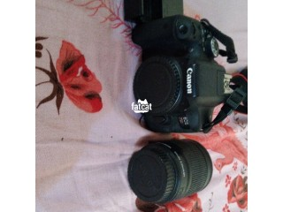 Canon EOS 750D in Lagos for Sale