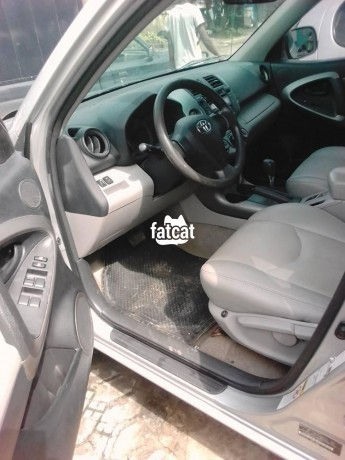 Classified Ads In Nigeria, Best Post Free Ads - used-toyota-sienna-2006-in-lagos-for-sale-big-4