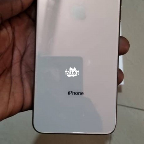 Classified Ads In Nigeria, Best Post Free Ads - apple-iphone-xs-max-256gb-in-lagos-for-sale-big-2