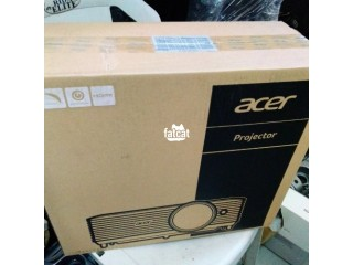 Acer X118h Projector in Abijo, Lagos for Sale