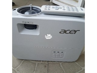 Acer 3600 Lumens Projector in Abuja, FCT for Sale
