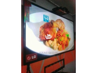 47 Inch LG Led TV in Lagos, Lagos  for Sale