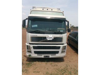 Used Volvo Refrigerated Truck in Kubwa, (Abuja) FCT