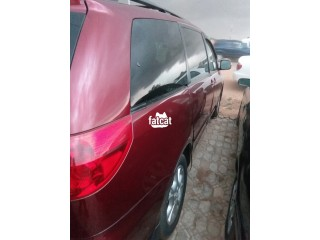 Used Toyota Sienna 2005 in Abuja for Sale