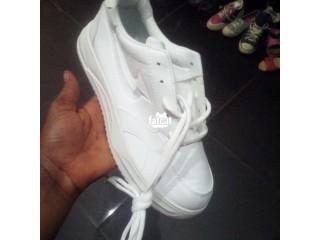 Unisex Sneakers in Utako, Abuja for Sale