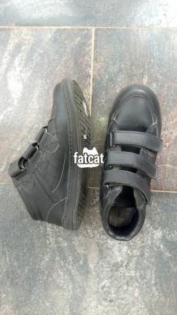Classified Ads In Nigeria, Best Post Free Ads - spencer-sneakers-in-abuja-for-sale-big-0