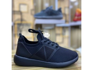 Unisex Sneakers in Wuse, Abuja for Sale