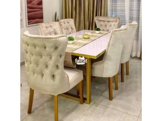 Six seater's dining table set for sale