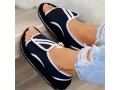 sneakers-sandal-small-2
