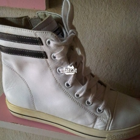 Classified Ads In Nigeria, Best Post Free Ads - quality-and-neatly-uk-used-unisex-boot-sneakers-big-0