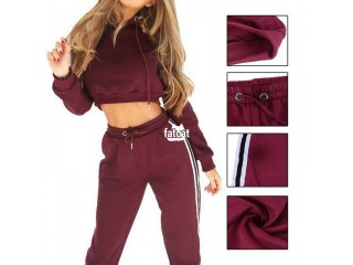 2-pieces joggers and hoodie