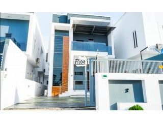 Luxury 4 Bedrooms Fully Detached Duplex Short let Available for Bookings Located in Osapa London Lekki, Lagos Nigeria