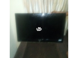 42 Inches Samsung TV